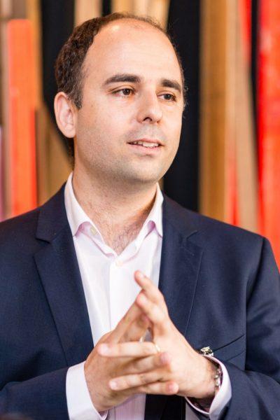 Dr. Nuno Camacho